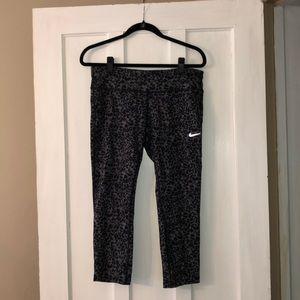 Nike Dri Fit Cropped Leggings